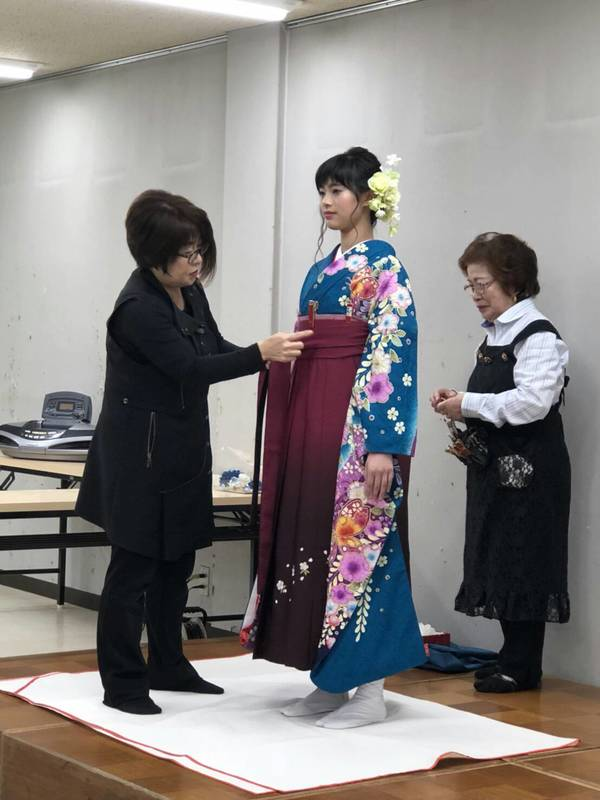振袖、女子袴の講習