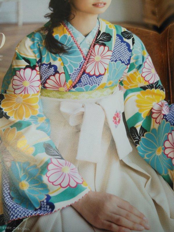 卒業式、袴、振袖、レンタル(3ヶ月前は早割10%引き)、ヘア着付け承ります
